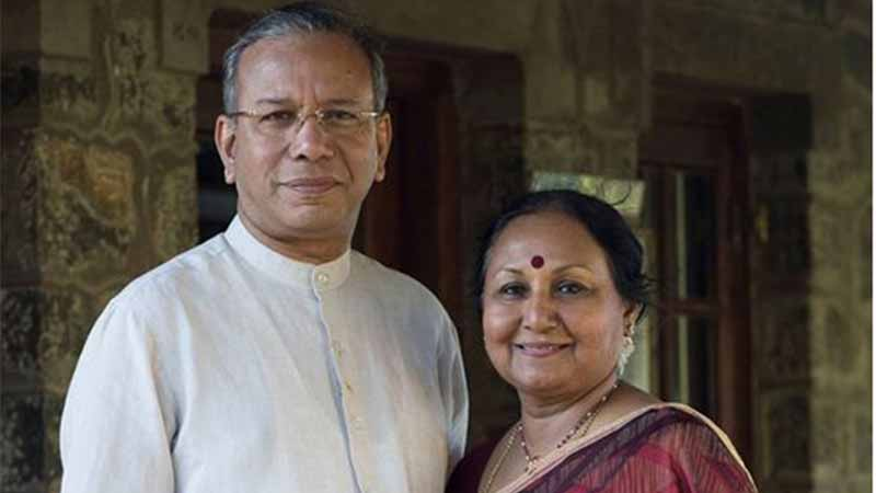 Mr. K.R. Ravidran and wife
