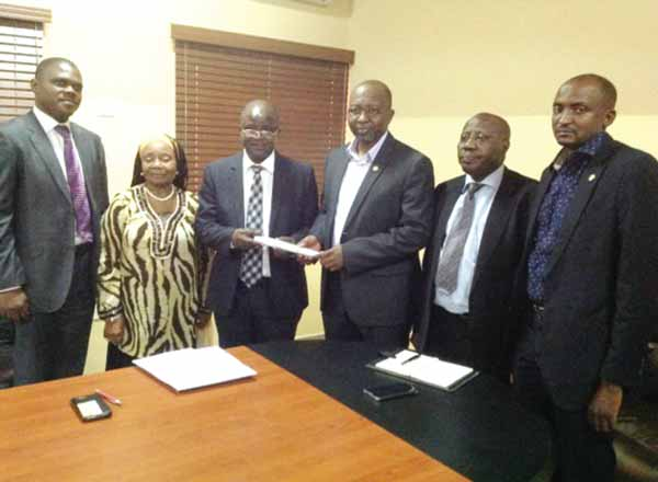 Deputy President, Risk Managers Society of Nigeria (RIMSON), Raymond Akalonu (left); outgoing President, Mrs Effiom Ekaha; President, Jacob Adeosun; Commissioner for Insurance, Mohammed Kari; Head, Lagos Control Office, NAICOM), Emmanuel Farinu and Legal Adviser, (NAICOM), Dr. Talmiz Usman at the visit of the society to the commission in Lagos