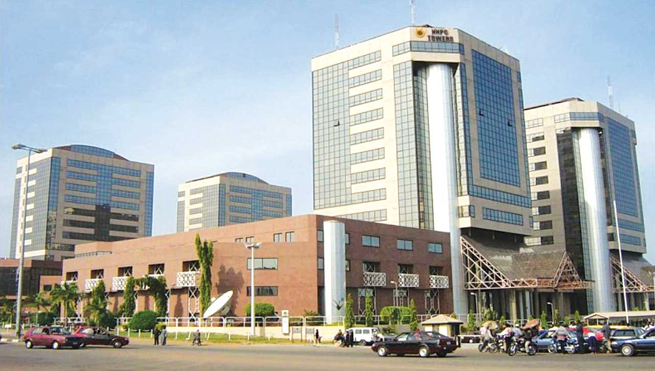 Reps directs NNPC to disclose cost of imported petrol