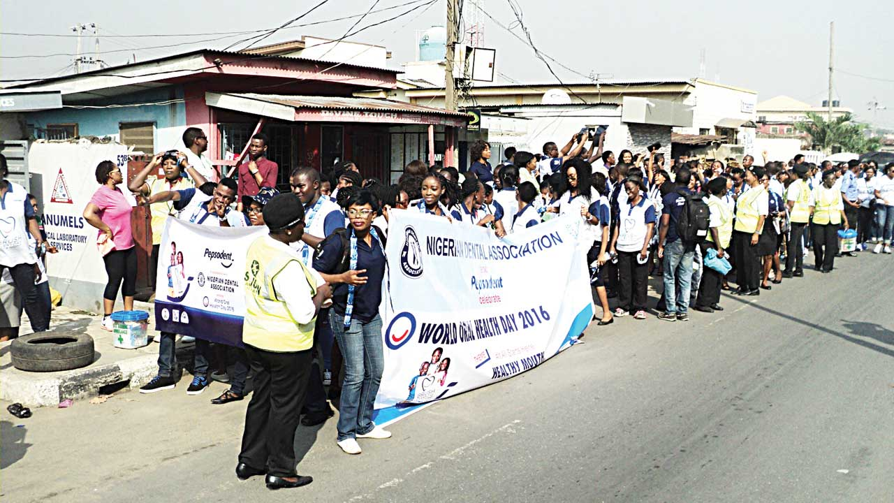Cross section of Participants at the recently held Oral Health Awareness Walk organized by Pepsodent, Unilever Nigeria Plc and Nigerian Dental Association (NDA) in Lagos PHOTO: TAYO OREDOLA