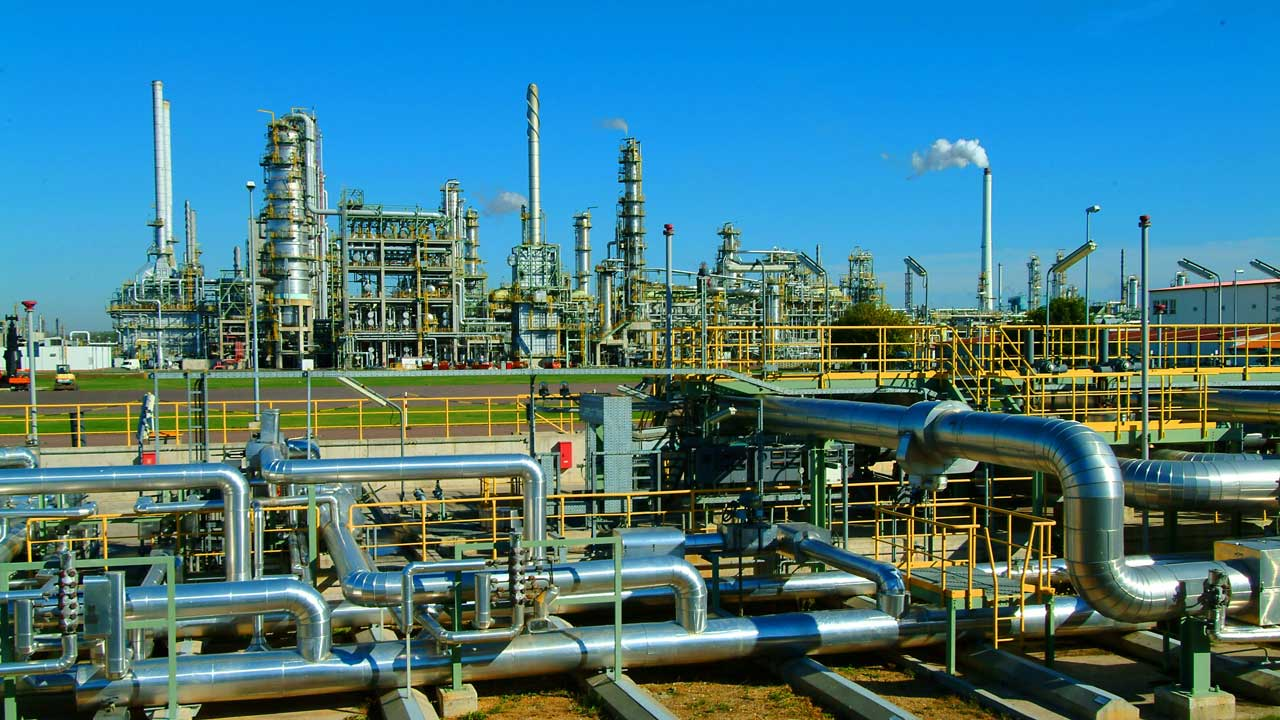 26 firms signify interest in revamping Nigeria's refineries