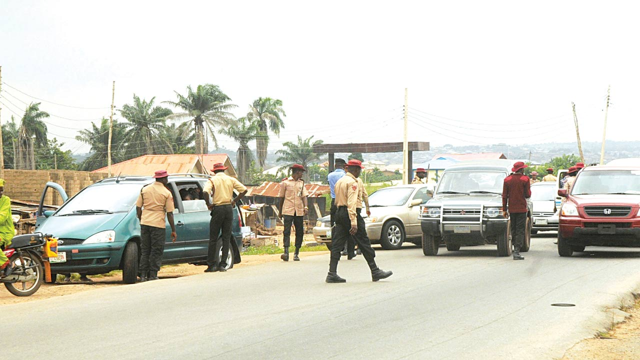 FRSC personnel at work in Ibadan recently          PHOTO: thenationonlineng.net