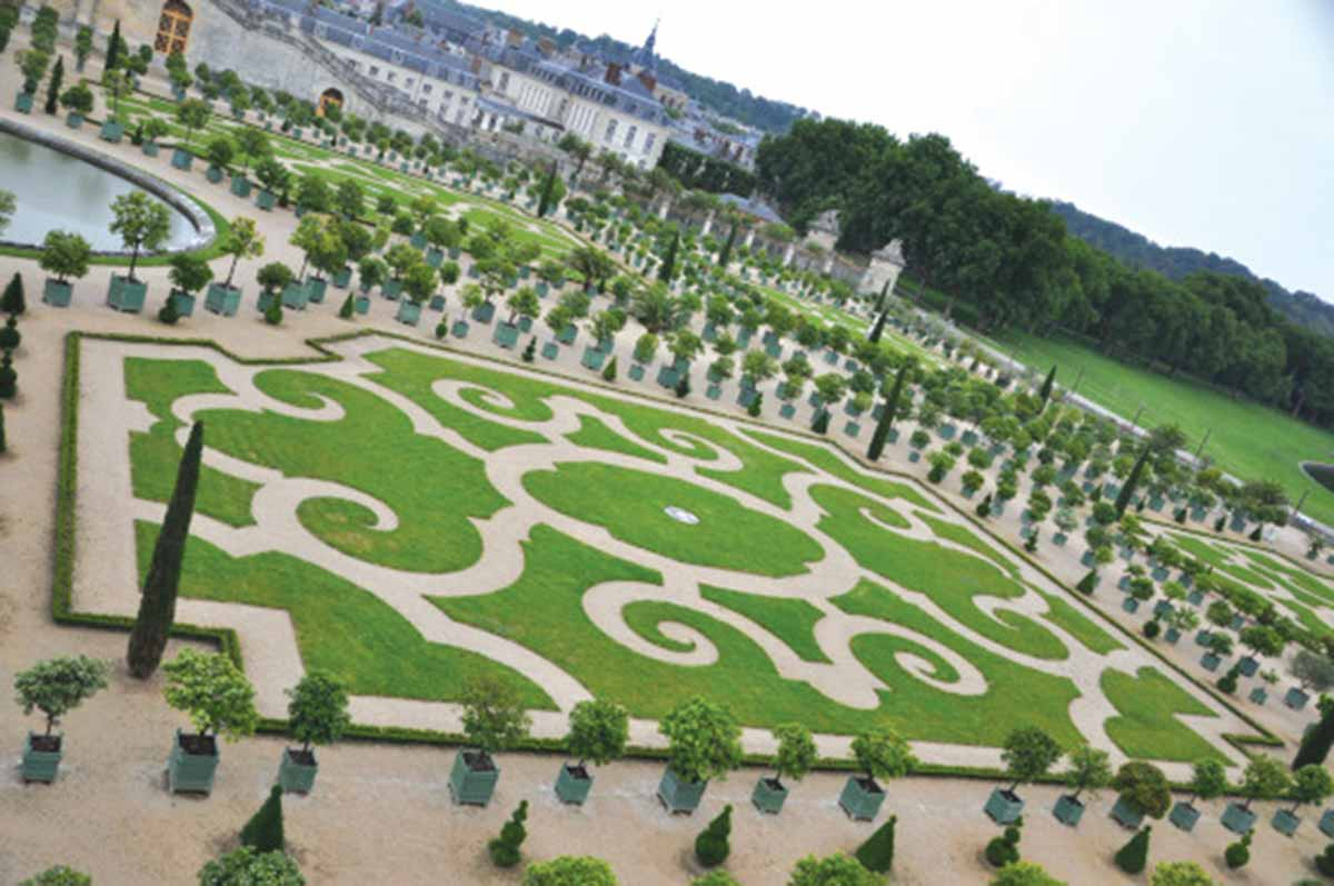 The Orangerie Gardens, Versailles (French Formal Style))