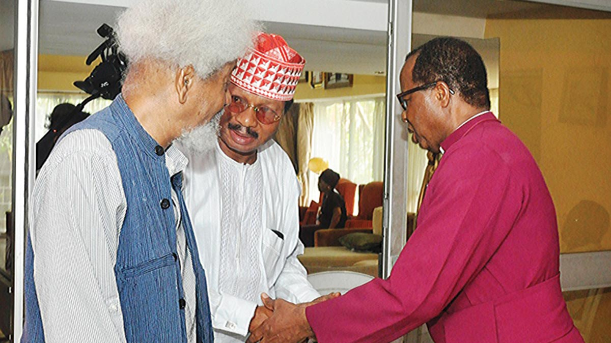 Prof. Wole Soyinka  (left); Prof. Wale Omole and Bishop of Lagos Anglican Communion, Dr. Ephraim Adebola Ademowo during a condolence visit to the late Dr. Tunji Braithwaite's family                    PHOTO: FEMI ADEBESIN-KUTI