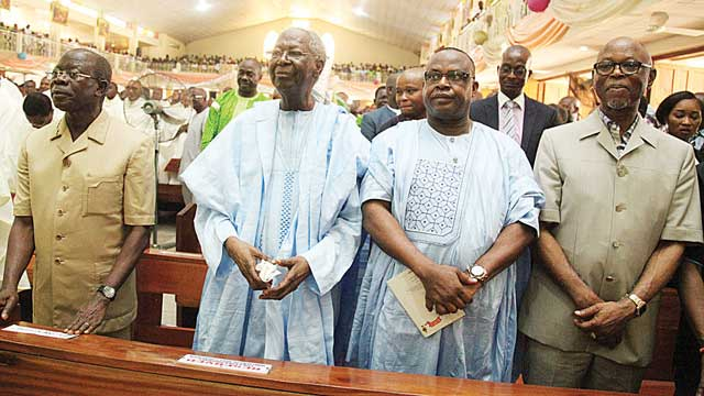 Edo State Governor Adams Oshiomhole; former chairman of the Peoples Democratic Party (PDP) Board of Trustees (BoT), Chief Tony Anenih; Edo State PDP Chairman, Mr. Dan Orbih; and National Chairman of the All Progressives Congress (APC), Chief John Odigie-Oyegun, at the 10th Episcopal Ordination anniversary celebration of Most Rev. Augustine Akubeze at St Paul Catholic Church, Benin City…yesterday.