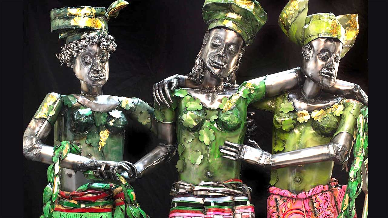Europe Supported by Africa and America, sculpture by Sokari Douglas Camp