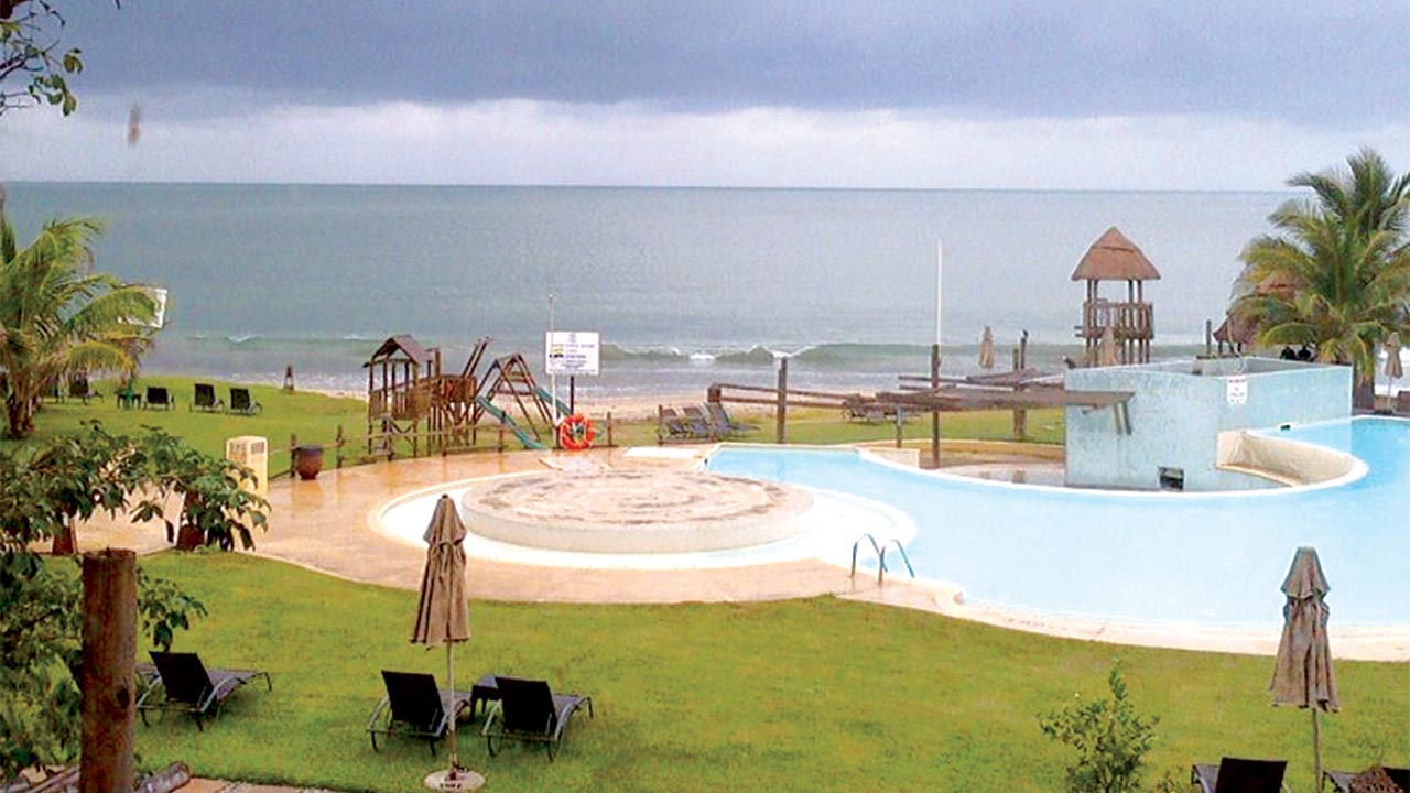 Ibeno beach resort