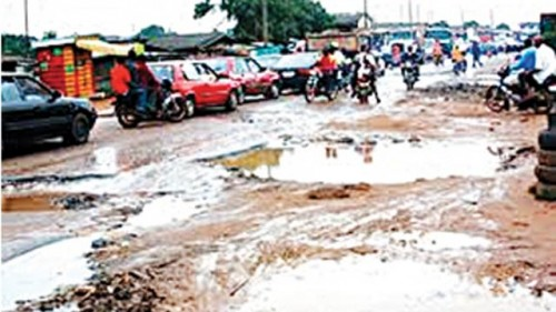 Deplorable state of Itoki Road