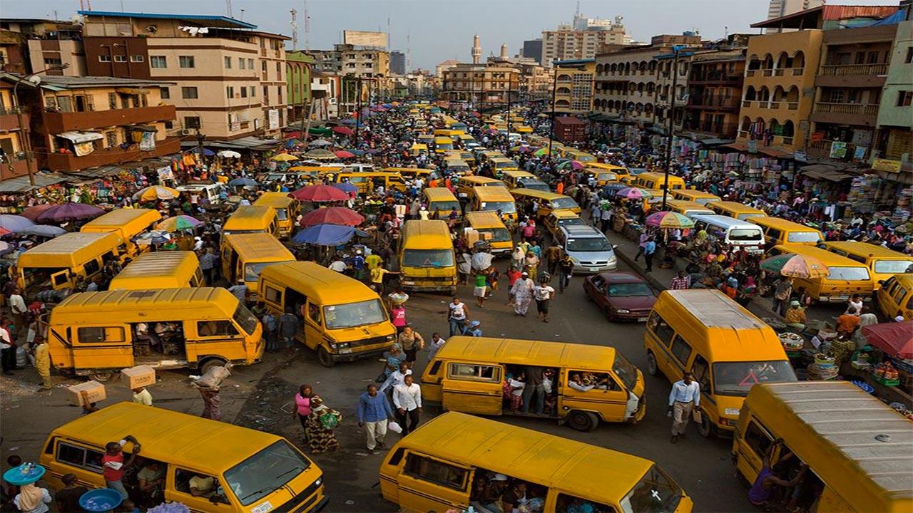 Lagos-Bus