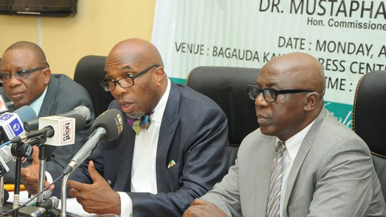Lagos State's Commissioner for Finance, Dr Mustapha Akinkunmi (middle) speaking at a press conference in Lagos on April 18, 2016. PHOTO: LASG