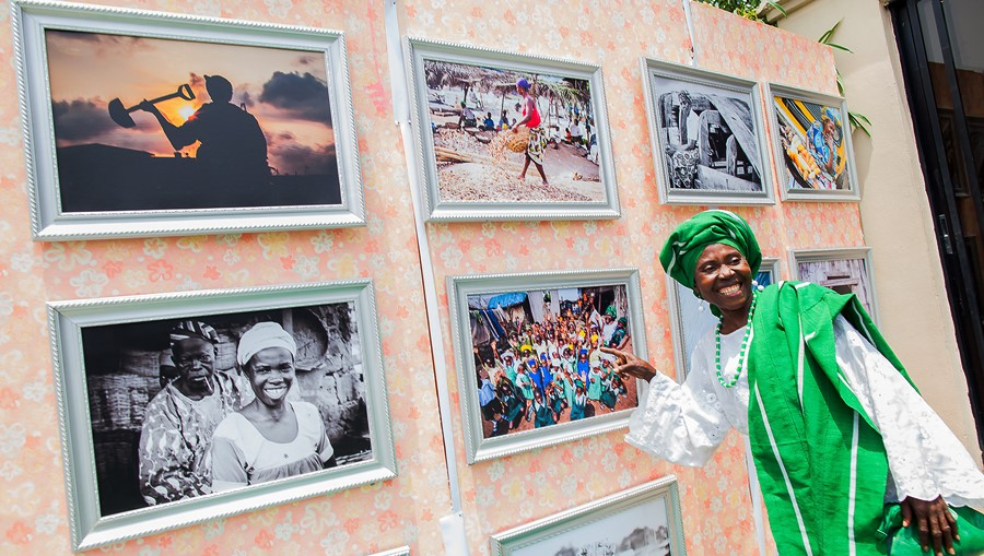 Mama MAkoko( an Unsung Heroine with her picture frame)