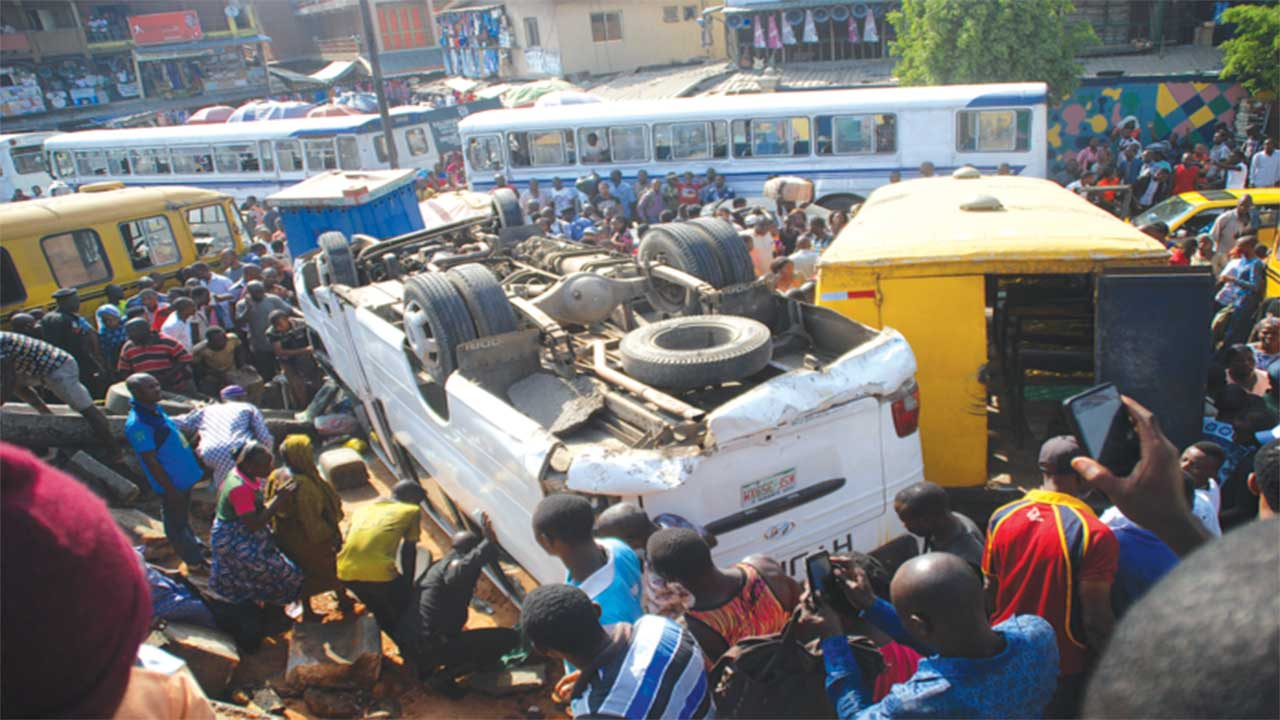 The scene of the Accident, PHOTO: FEMI ADEBESIN-KUTI