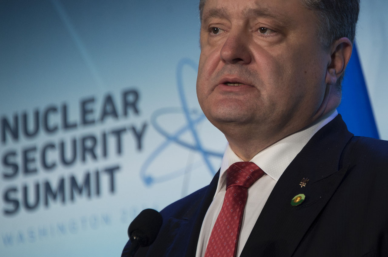 Ukraine President Petro Poroshenko speaks during the 2016 Nuclear Security Summit in Washington, DC, April 1, 2016. / AFP / Jim Watson