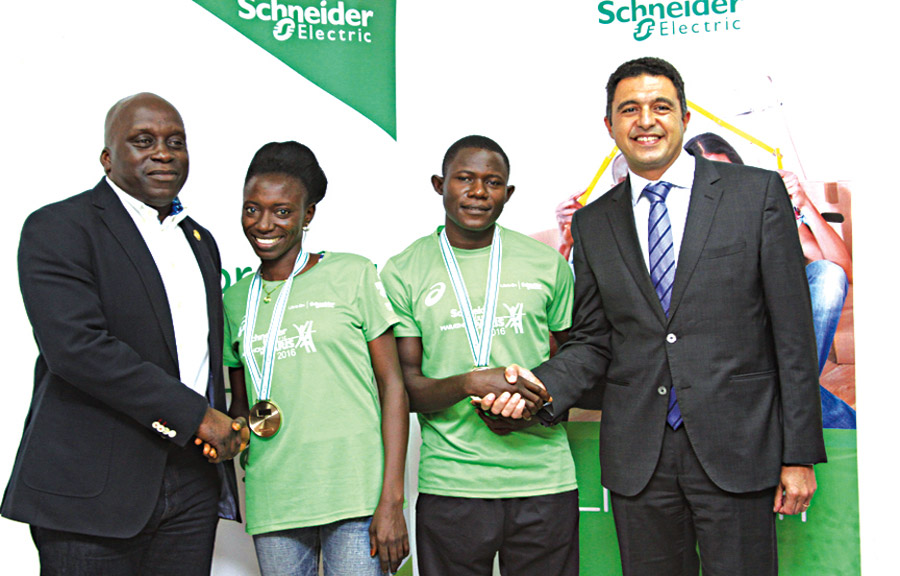 Special Adviser to Lagos State Governor on Sports, Mr. Deji Tinubu (left); Schneider sponsored athletes to Paris Marathon, 2016, Mrs. Yohanna Dinatu and Mr. Philibus Sharubutu; and Country President, Schneider Electric, Mr. Walid Sheta, during a reception for the athletes in Lagos... yesterday.