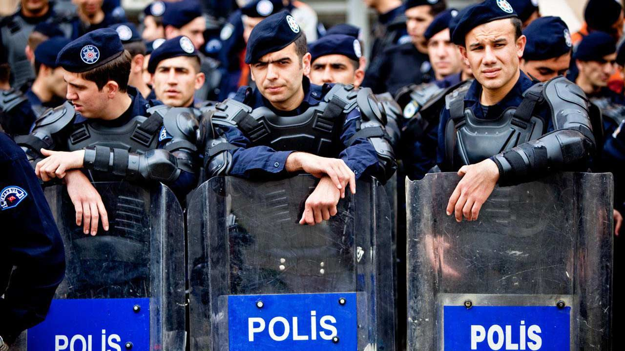 Turkish police, PHOTO: play.google.com