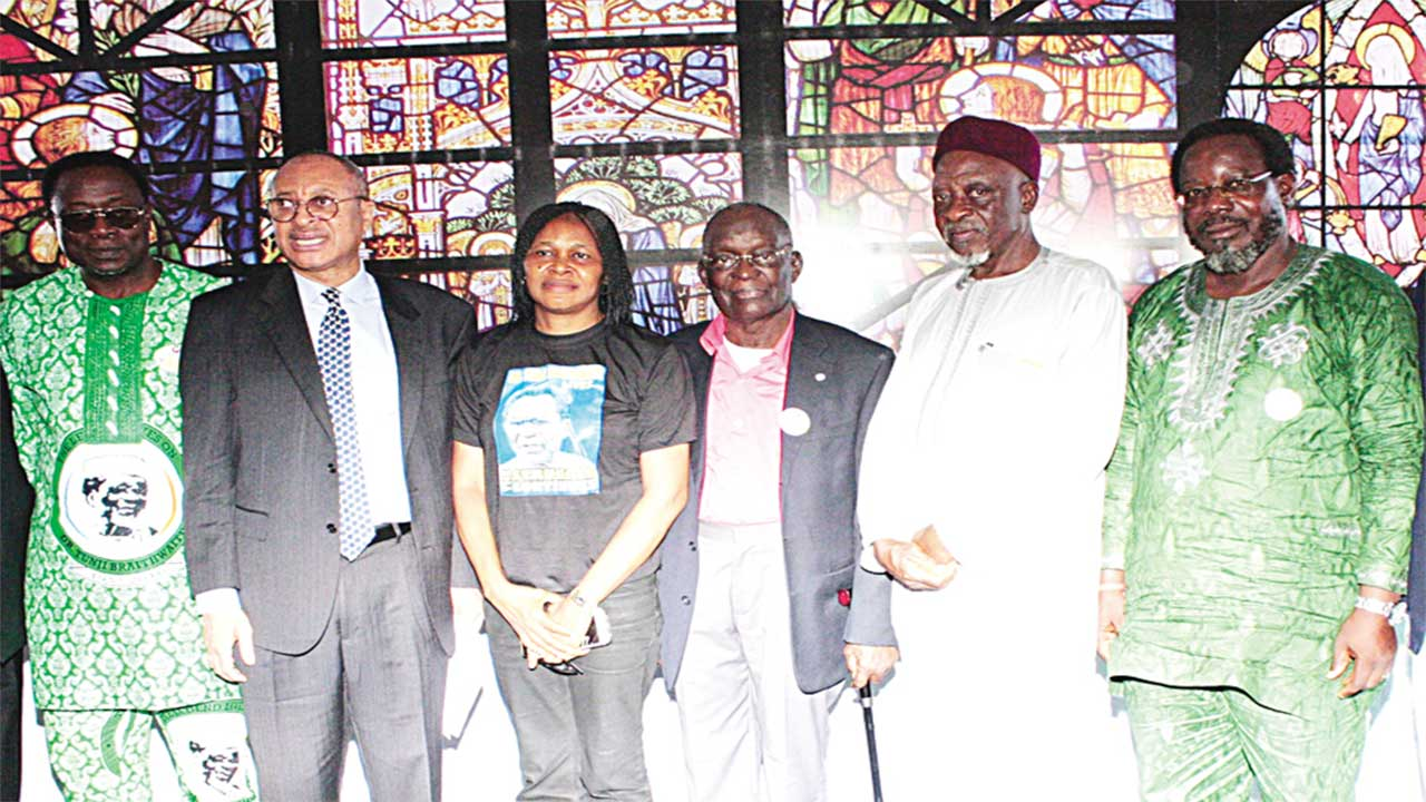 Coordinator, Tunji Braithwaite Colloquium, Ajibola Oluyede (left); Prof. Pat Utomi; President, Women Arise, Dr. Joe Odumakin; Pastor, Soul Winning Ministries, Dr, Moses Iloh; Representative of Alhaji Balarabe Musa, Richard Umaru and Executive Chairman, Coalition Against Corrupt Leaders, Debo Adeniran at the colloquium in honour of the late Dr. Tunji Braithwaite in Lagos... yesterday. PHOTO: FEMI ADEBESIN-KUTI