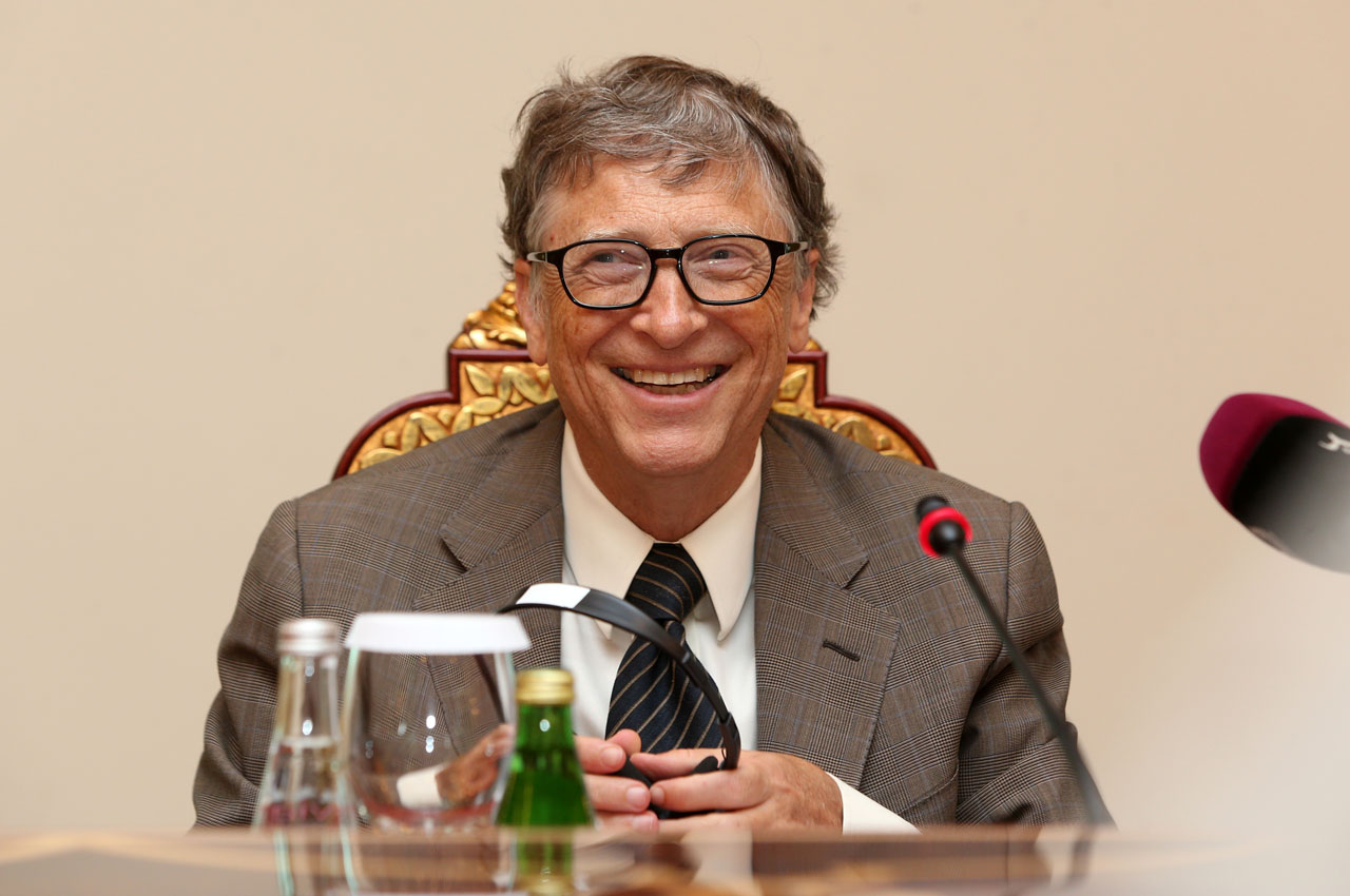 Bill Gates, Microsoft founder and co-chairman of the Bill and Melinda Gates Foundation, smiles during a press conference in Doha on April 13, 2016  Microsoft mastermind Bill Gates is to receive $50 million from the Qatar Development Fund for his foundation. The money will go towards a $2.5-billion fund developed jointly by the Islamic Development Bank and the Bill & Melinda Gates Foundation. / AFP PHOTO / KARIM JAAFAR