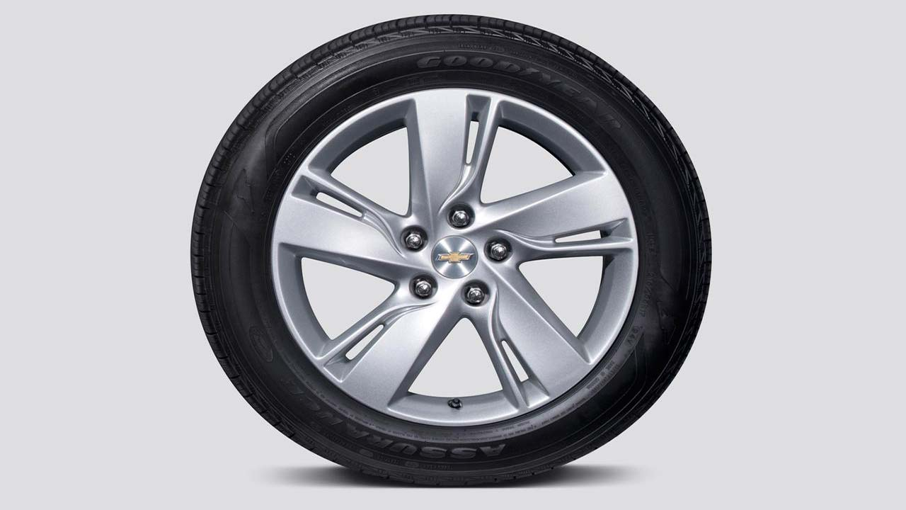 2014-chevrolet-cruze-diesel-wheel-photo-514498-s-1280x782