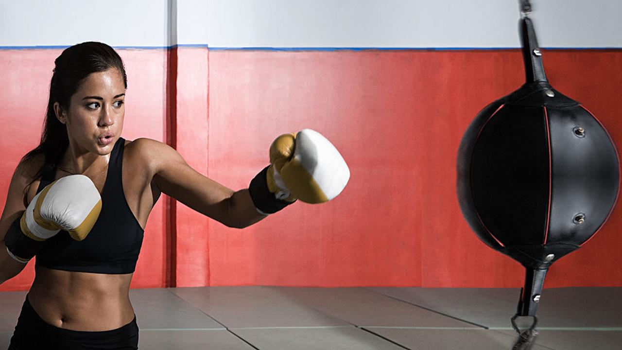 Boxer woman copy