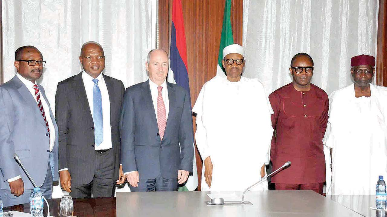 President Muhammadu Buhari (4th left); Minister of State for Petroleum Resources, Dr. Ibe Kachikwu (5th left); Chief of Staff to the President, Alhaji Abba Kyari (right); General Manager, Business and Government Relations, Mr. Simbi Wabote (left); Managing Director, Shell companies in Nigeria, Mr. Okunbor Osagie; and Director, Upstream, Mr. Andy Brown after Buhari's meeting with the leadership of Shell at the Presidential Villa, Abuja…yesterday. PHOTO: PHILIP OJISUA