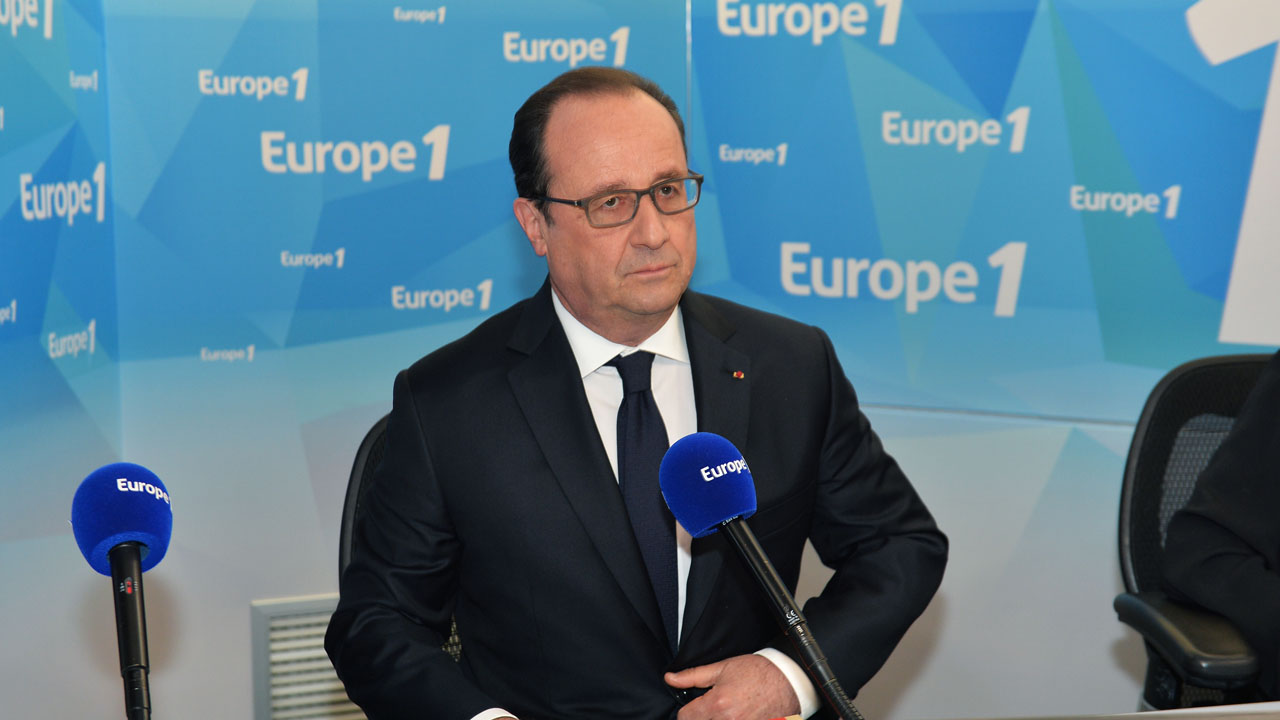 "France's President Francois Hollande prepares to speak during a morning radio show on France's Europe 1 station on May 17, 2016 in Paris. French President Francois Hollande on May 17 ruled out withdrawing the labour market reforms which have sparked street protests for weeks and led to a vote of no-confidence in the government. ""I will not give way,"" Hollande said in an interview with Europe 1 radio. AFP PHOTO / POOL / MIGUEL MEDINA / AFP PHOTO / POOL / MIGUEL MEDINA"