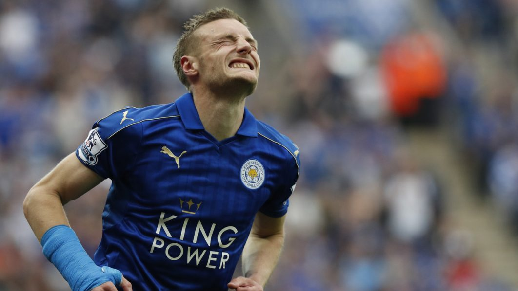 Leicester City's English striker Jamie Vardy reacts after missing a shot on goal during the English Premier League football match between Leicester City and Everton at King Power Stadium in Leicester, central England on May 7, 2016. / AFP PHOTO / ADRIAN DENNIS / RESTRICTED TO EDITORIAL USE. No use with unauthorized audio, video, data, fixture lists, club/league logos or 'live' services. Online in-match use limited to 75 images, no video emulation. No use in betting, games or single club/league/player publications.  /