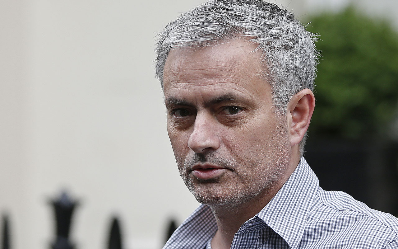 Mourinho Contract Talks Hinge On Image Rights Sport The Guardian