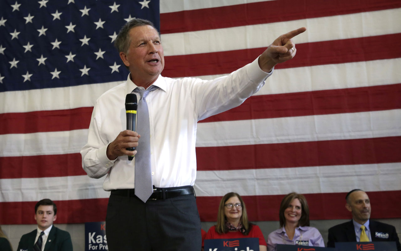 (FILES) This file photo taken on April 24, 2016 shows Republican presidential candidate Ohio Governor John Kasich speaks during a town hall meeting in Rockville, Maryland. Ohio Governor John Kasich will suspend his presidential campaign on May 4, 2016, his campaign told US media, a move that would leave frontrunner Donald Trump as the sole Republican candidate in the White House race.Kasich's campaign abruptly canceled an event in the Washington area and rescheduled a press conference for 5:00 pm (2100 GMT) in Ohio's capital Columbus. Broadcaster MSNBC and others reported that a senior campaign advisor said that appearance would be Kasich's announcement that he is dropping out of the 2016 race.  / AFP PHOTO / YURI GRIPAS