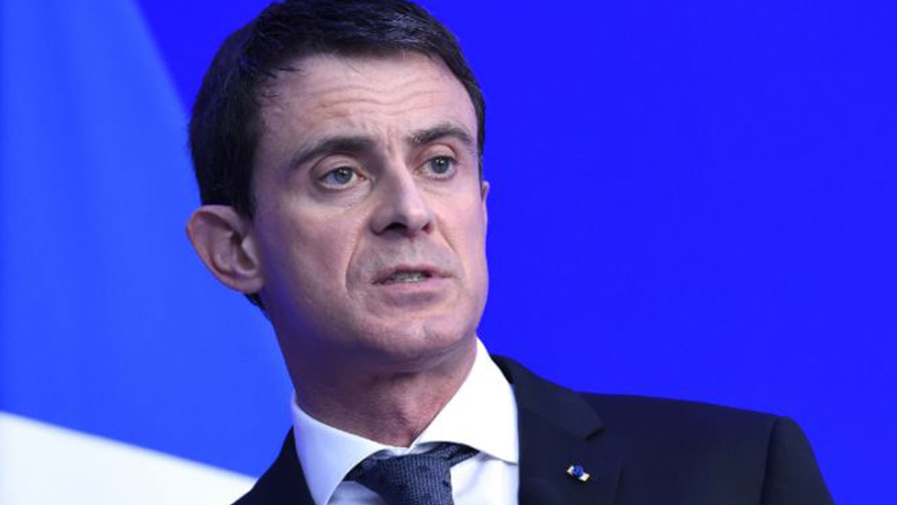 French Prime Minister Manuel Valls was Sunday in Israel to advance his country's plan to restart Israeli-Palestinian peace efforts in the face of opposition from his counterpart Benjamin Netanyahu.