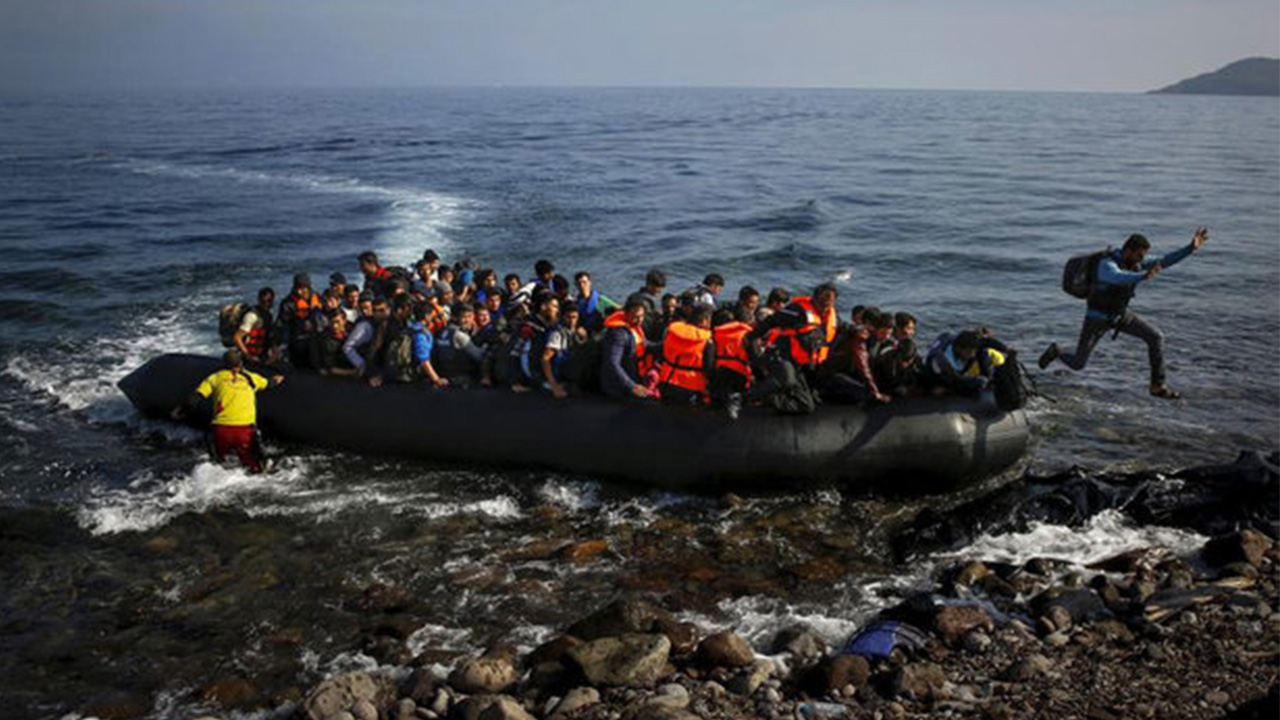 Migrants rescued off Sicily