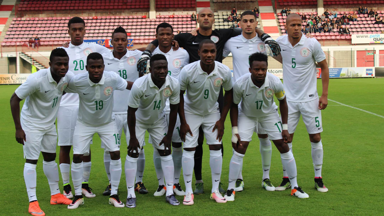 Super Eagles before the game against Mali in Rouen