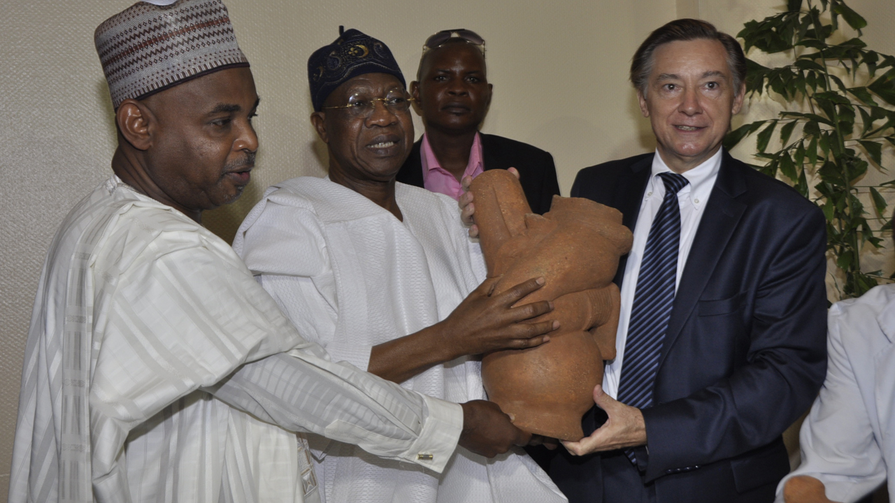 L-R: French Ambassador to Nigeria, Mr. Denys Gauer, Minister of Information and Culture, Alhaji Lai Mohammed and the Director General National Commission for Museums and Monuments, Yusuf Abdallah, at the 2016 International Museums Day Celebration in Abuja on Wednesday.