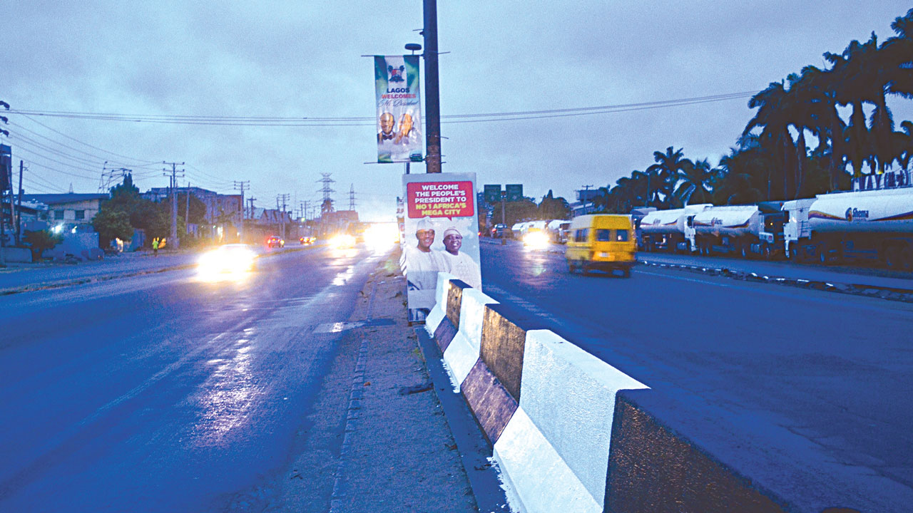 Oshodi -Apapa Expressway wearing a new look for the president's visit
