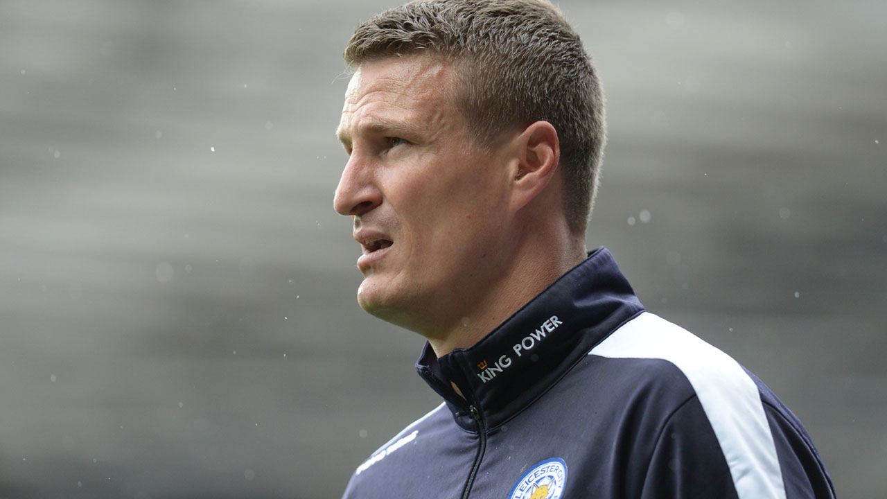 Leicester City's German defender Robert Huth warms up before the English Premier League football match between Manchester United and Leicester City at Old Trafford in Manchester, north west England, on May 1, 2016. / AFP PHOTO / OLI SCARFF /