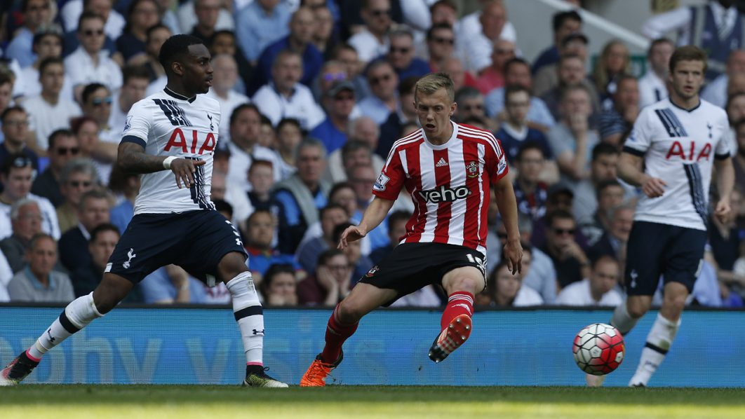 Tottenham Hotspur's English defender Danny Rose (L) vies wiwth Southampton's English midfielder James Ward-Prowse (C) during the English Premier League football match between Tottenham Hotspur and Southampton at White Hart Lane in London, on May 8, 2016. / AFP PHOTO / Ian Kington