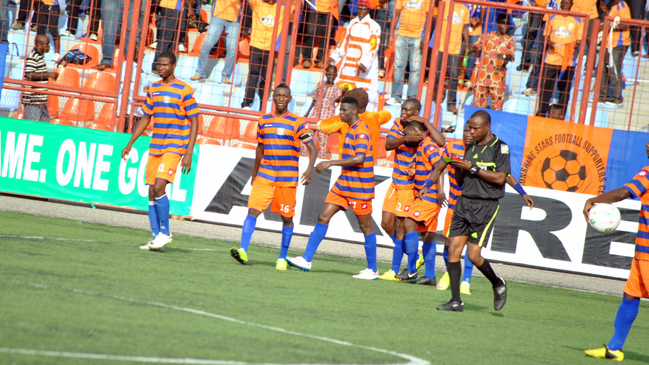 Sunshine Stars celebrating a goal against Giwa FC in a recent NPFL match. PHOTO: FEMI ADEBESIN-KUTI.