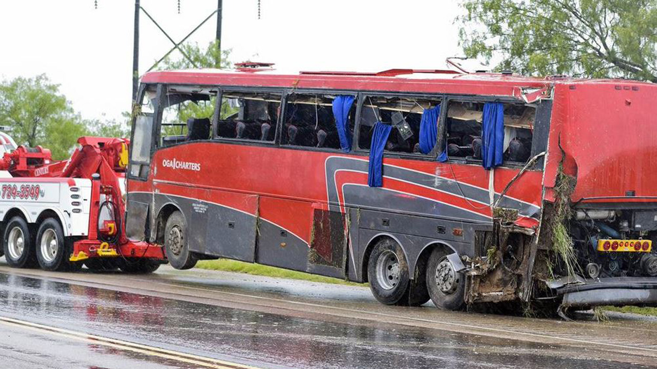 Eight people were killed and 43 were injured in a bus crash in Texas. Photo: Twitter / @DoyleGlobal