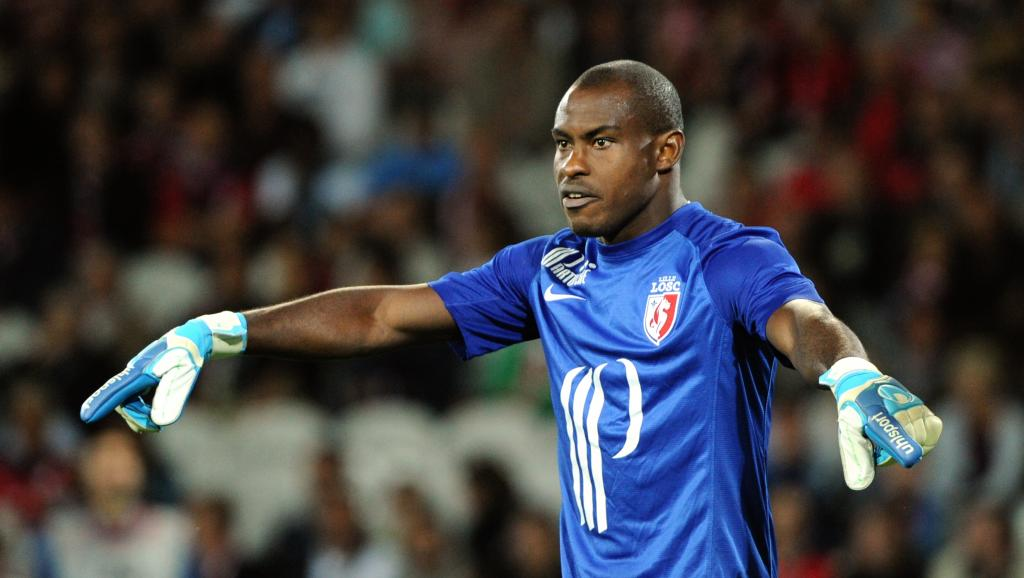 Vincent Enyeama. AFP PHOTO / PHILIPPE HUGUEN