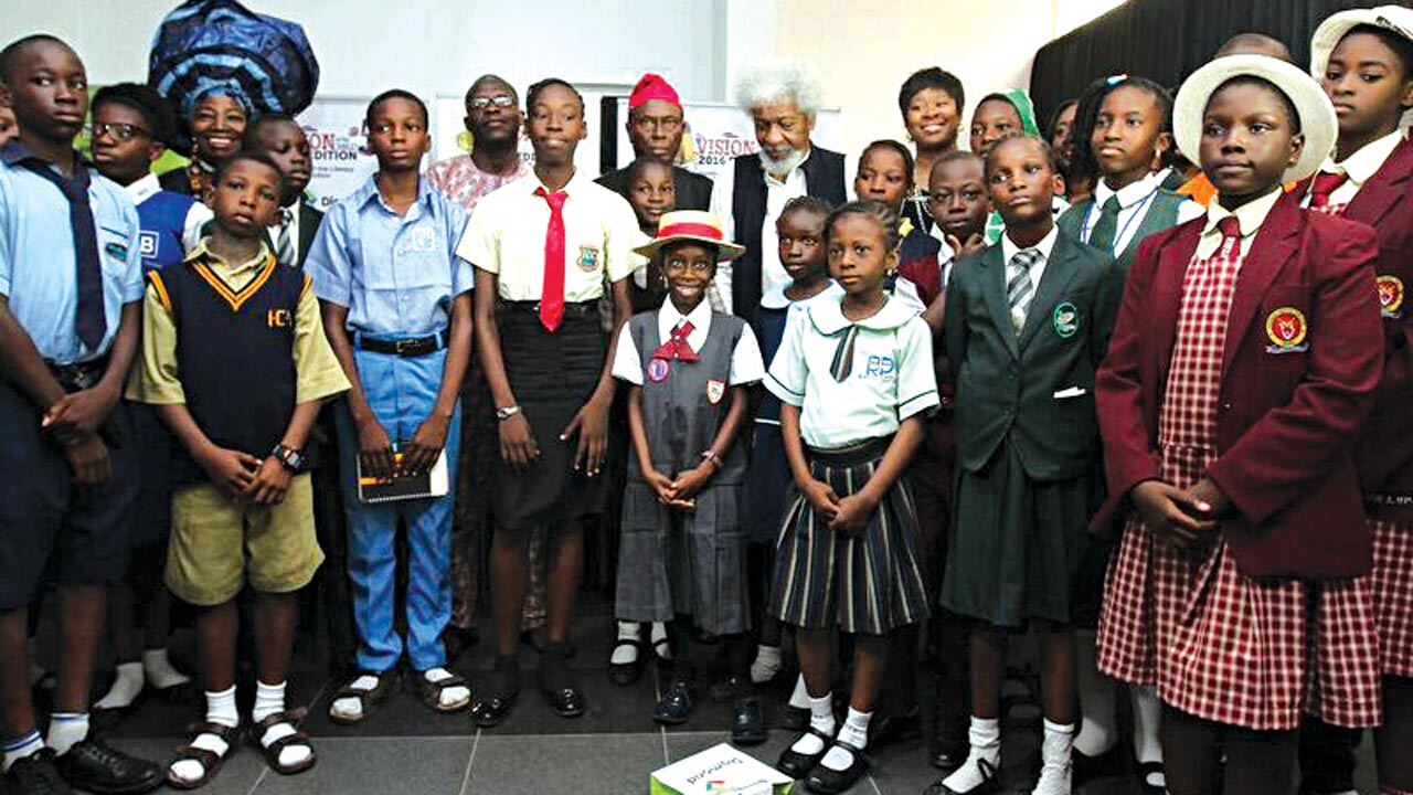 Consultant, Prof. Wole Soyinka and some of the finalists at the press briefing last week at Freedom Park...Lagos