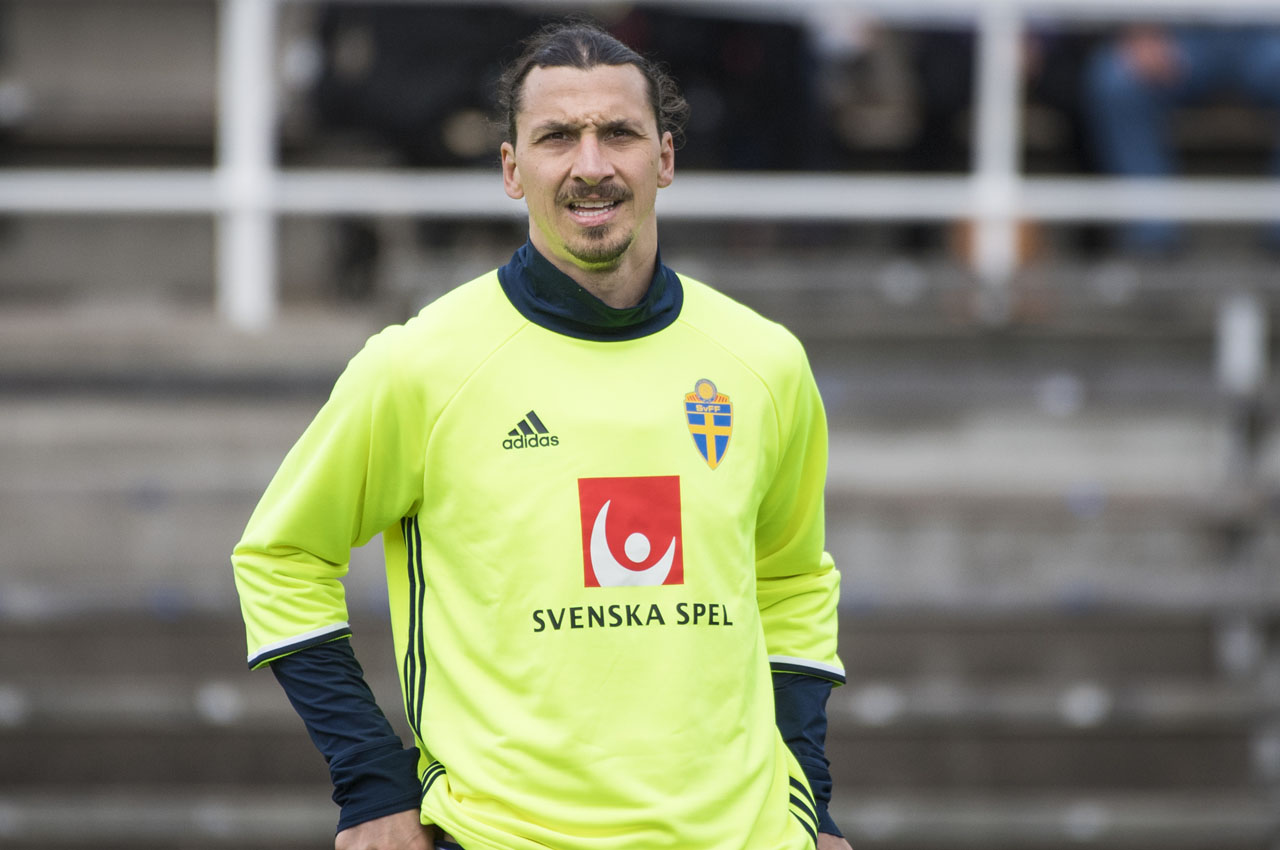 Sweden's national football team player forward and team captain Zlatan Ibrahimovic attends a training session at Stockholm Stadion on May 25, 2016. / AFP PHOTO / JONATHAN NACKSTRAND