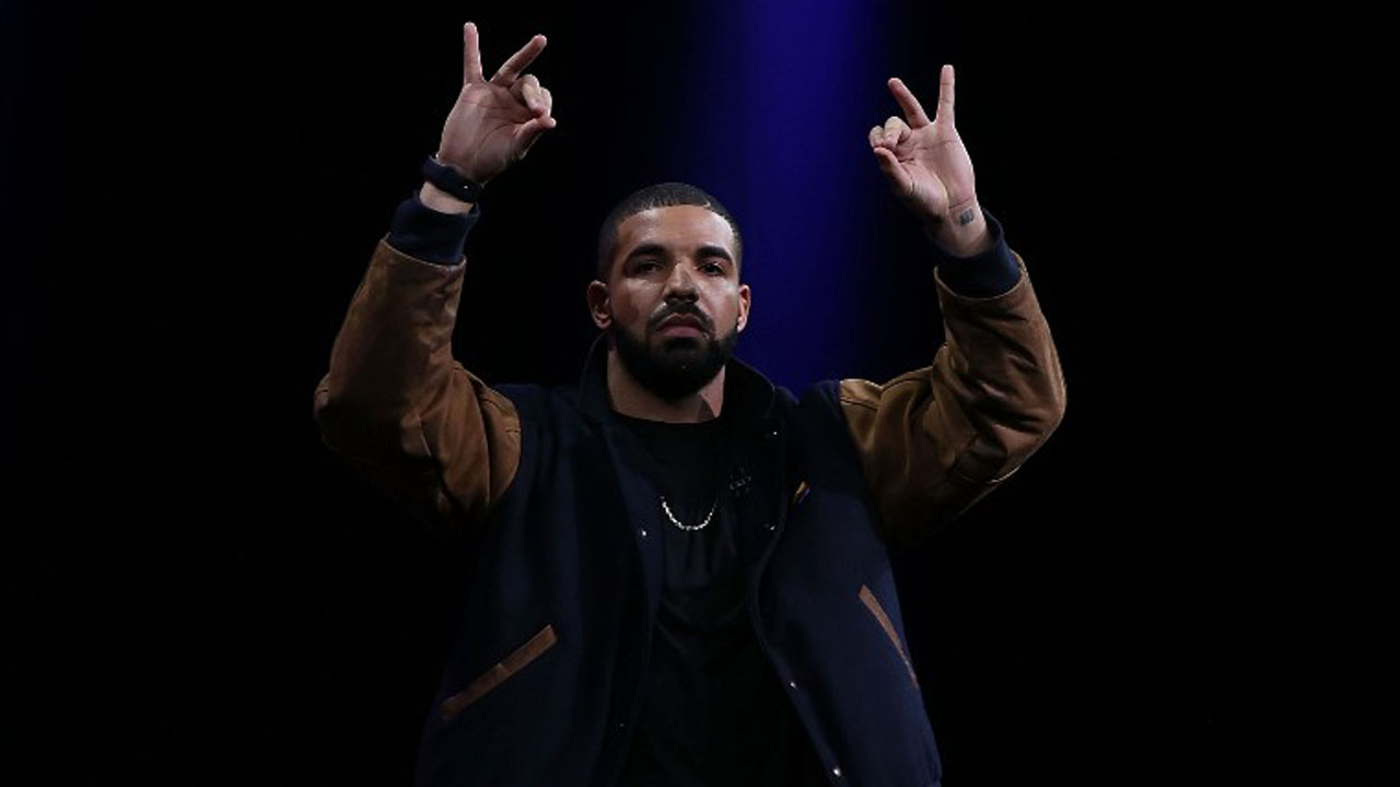SAN FRANCISCO, CA - JUNE 08: Recording artist Drake speaks about Apple Music during the Apple WWDC on June 8, 2015 in San Francisco, California. Apple annouced a new OS X, El Capitan, iOS 9 and Apple Music during the keynote at the annual developers conference that runs through June 12.   Justin Sullivan/Getty Images/AFP