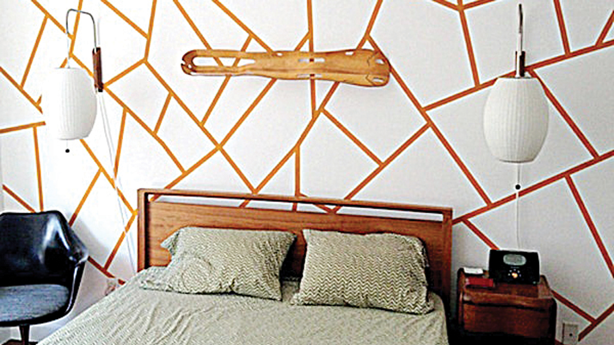 decorating ideas for white walls bedroom