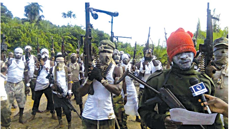 Members of Bakassi Strike Force (BSF) displaying sophisticated arms at the Esuk Mba Beach in Akpabuyo Local Government Area of Cross River State as they charged the Niger Delta Avengers (NDA) to drop arms and embrace peace.