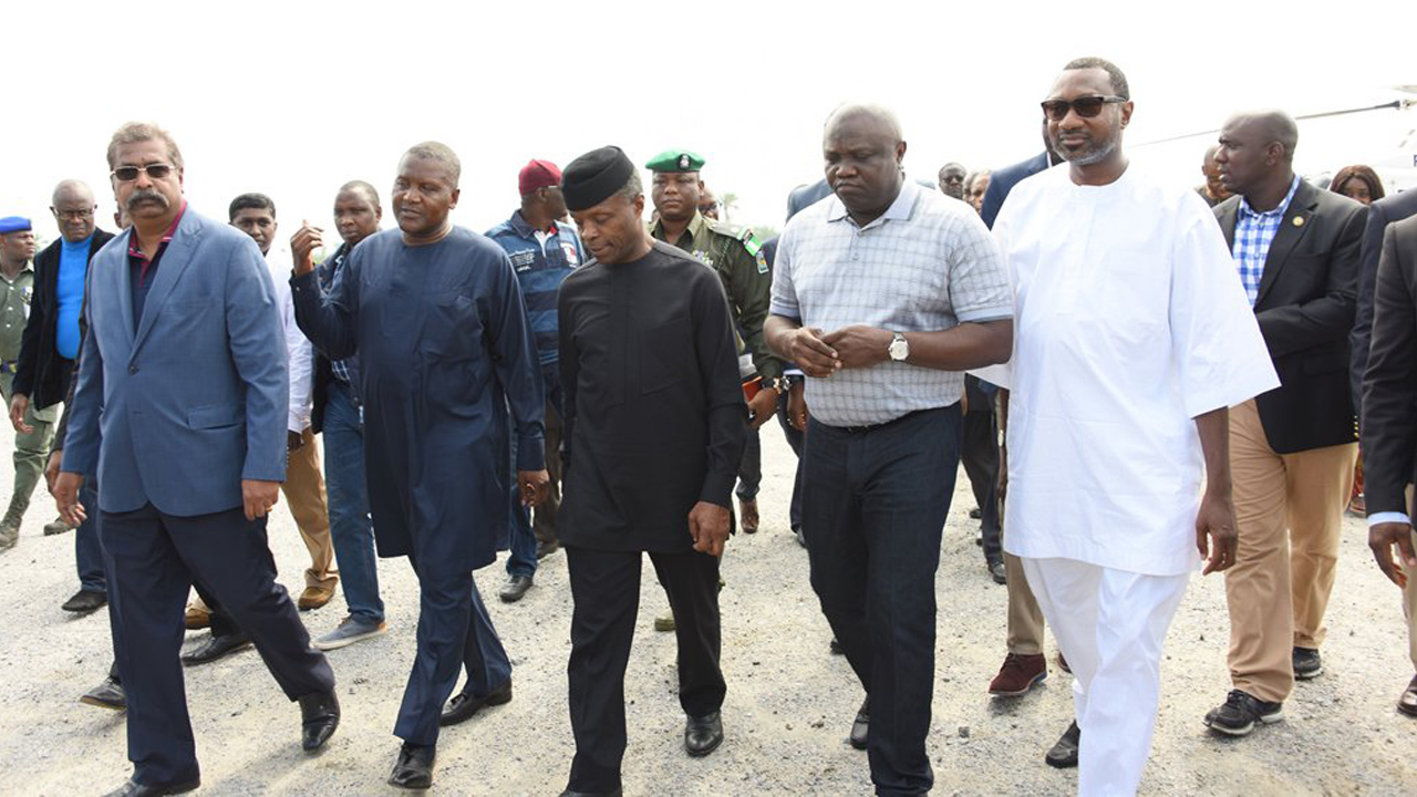 R-L: Chairman, Forte Oil Plc., Mr. Femi Otedola, Lagos State Governor, Akinwunmi Ambode; Vice President, Prof. Yemi Osinbajo; President, Dangote Group, Alhaji Aliko Dangote and Group Executive Director, Dangote Projects, Mr. Devarcoma Edwin, during the Vice President's visit to the Dangote Refinery at the Lekki Free Trade Zone, Lagos, yesterday.