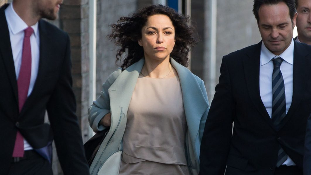 Former Chelsea Football club first-team doctor Eva Carneiro (C) and her husband polar explorer Jason De Carteret (R) arrive at Croydon Employment Tribunal in Croydon, south London, on June 6, 2016.  Carneiro arrived for the opening of an employment tribunal against Chelsea football club and former manager Portuguese Jose Mourinho. Carneiro is claiming constructive dismissal against Chelsea and has a separate, but connected, personal legal action against Mourinho, who left the club in December, for alleged victimisation and discrimination.  / AFP PHOTO / DANIEL LEAL-OLIVAS
