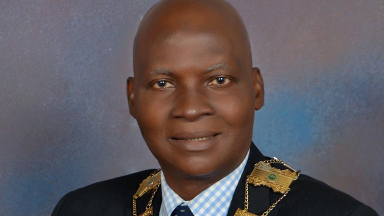 Dr Femi Olomola