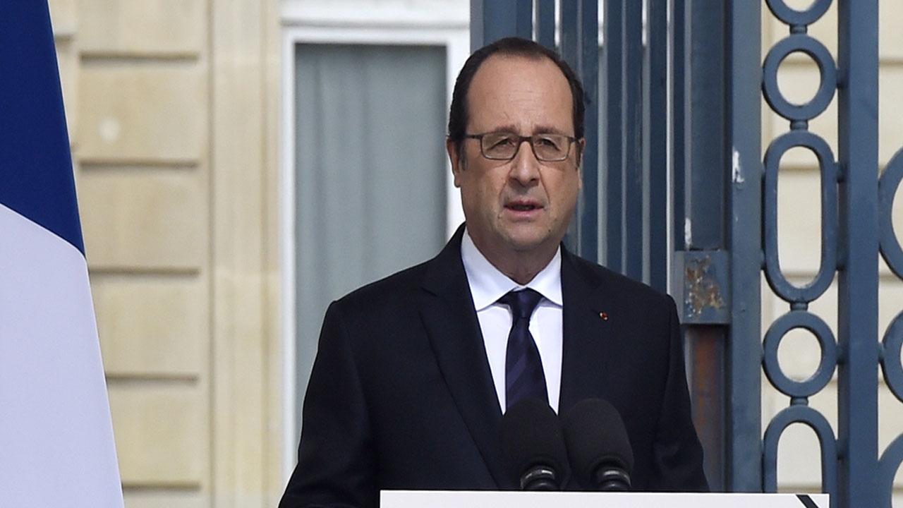 French President Francois Hollande / AFP PHOTO / POOL / DOMINIQUE FAGET