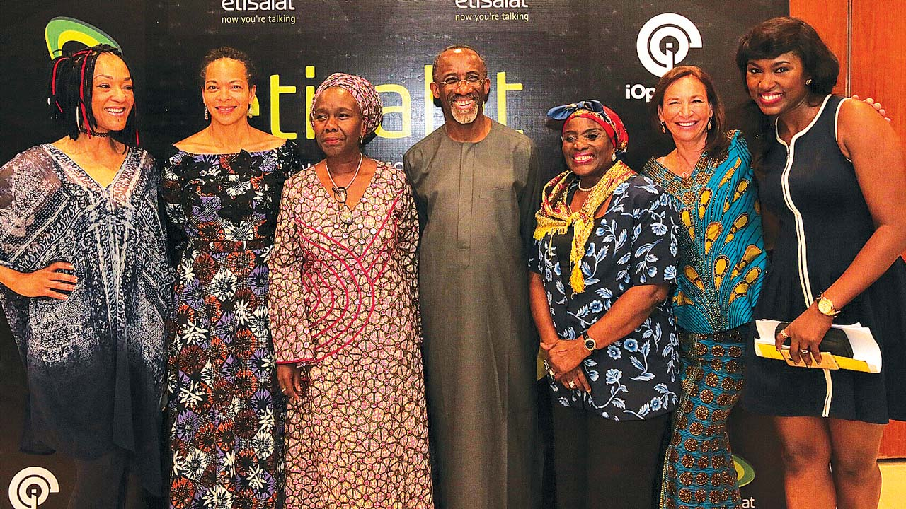 Elvina Ibru (left); two guests; corporate player, Mr. Hakeem Bello-Osagie; screen matriarch, Mrs. Taiwo Ajai-Lycett; another guest and Ifeoma McDermoth at Hear Word