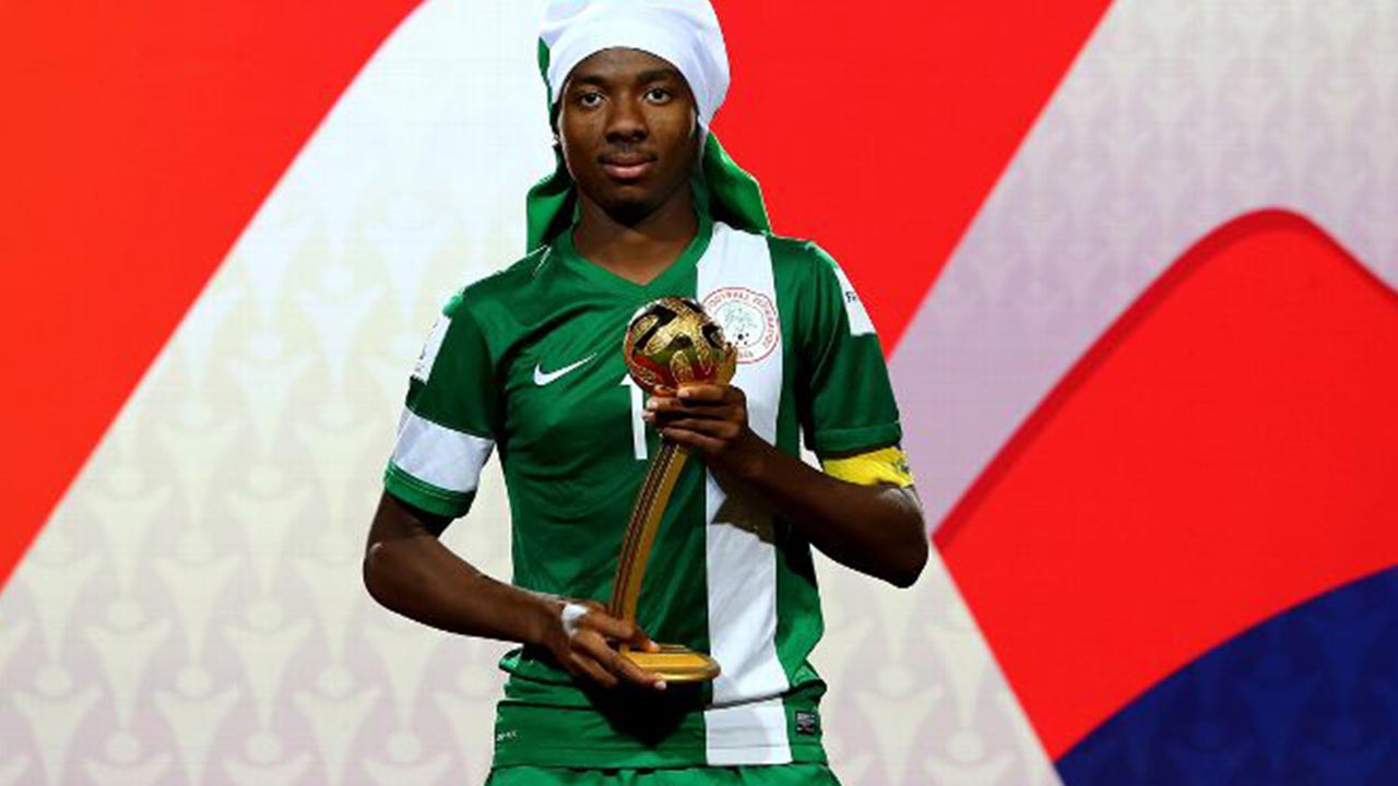 Arsenal sign Nigeria teenager, Kelechi Nwakali on five-year deal