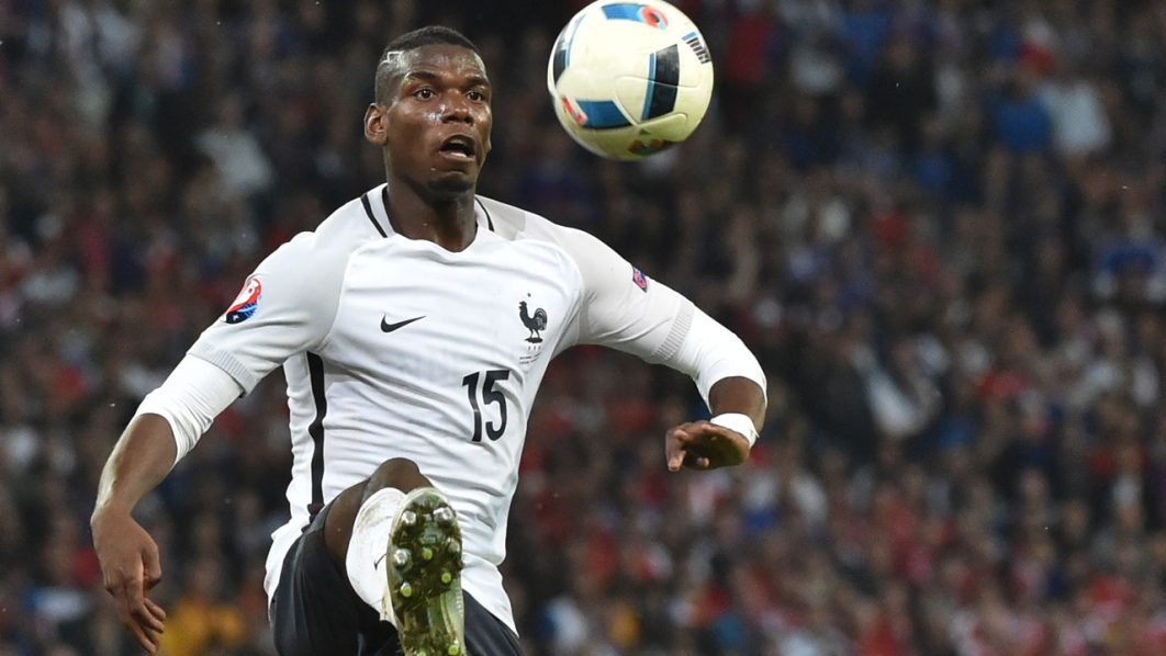 France's midfielder Paul Pogba / AFP PHOTO / PHILIPPE HUGUEN